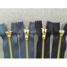Cremallera de cierre de cremallera de metal de latón # 4 para Jeans