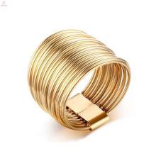 Anillos de compromiso chapados en oro simple acero inoxidable