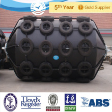 China Pneumatic Floating Fender / Pneumatic Rubber Fender