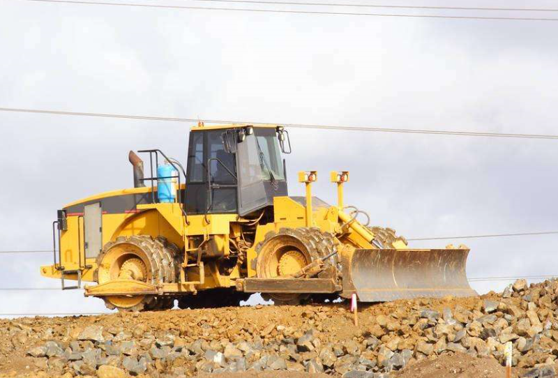 Earthmoving Machinery Bulldozer