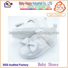 Последний дизайн крещения белый младенческая обувь