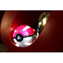 O carregador mágico Pokemon da esfera vai mais banco do poder para o banco do poder do jogo de Pokemon Go