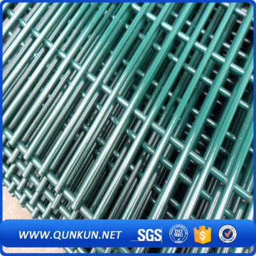 Multifunctional 358 security fence for chicken farm