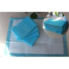 Almohadillas absorbentes del baño del perro del perrito del animal doméstico