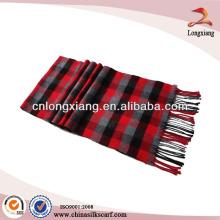 Écharpe plaidée en laine épaisse et épurée brossée