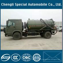 Camion d'eaux d'égout d'aspiration de réservoir de l'armée verte 4X4 de Dongfeng Spetic