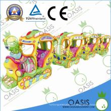 O passeio manual novo das crianças do trem impertinente 2014 no carro / a moeda operou a máquina do passeio dos miúdos