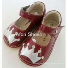 Baby Rhinestone Red Crown Squeaky Shoes (D-185)