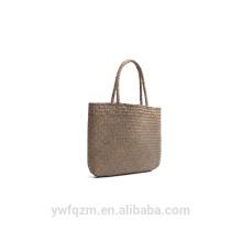 Bolso de bambú hecho a mano de moda