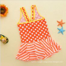 Littlr Girl′s Fashion Ruffled Swimwear