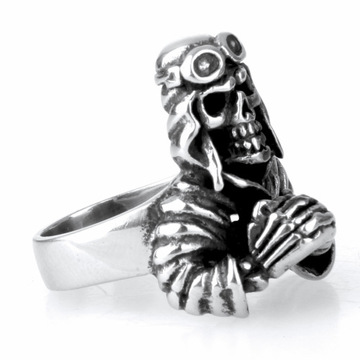 Pilot retro men's skull ring jewelry Titanium