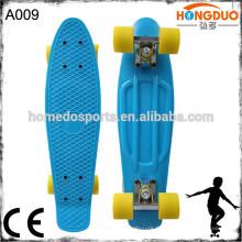 22 '' et 27 '' pouces LED light flashing mini croisière en plastique mini skateboard