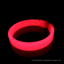 glowing wrist band