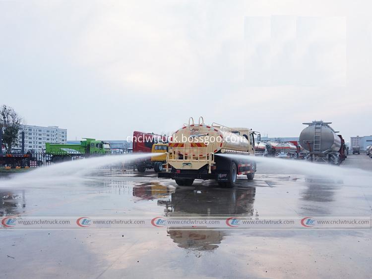 Isuzu Tanker Truck 10 000 Liters 4