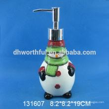 Boneco de neve bonito em forma de dispensador de cerâmica de sabão de Natal para o costume