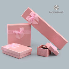Pink custom jewelry packaging box custom logo