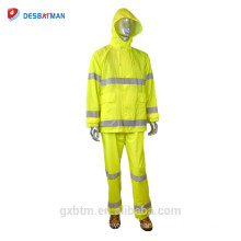 Fluorescent yellow PVC / nylon high visibility material Multi-pocket jacket yellow reflective raincoat hot sale on Alibaab