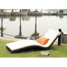 Salão do Rattan cadeira Chaise moderna ao ar livre
