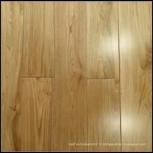 Plancher de bois de chêne massif naturel