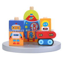 Blocos do robô no brinquedo da educação do pilar