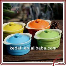 Bakeware de cerámica de color con tapa