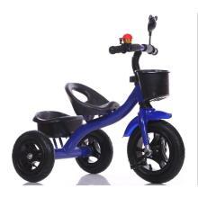Tricicli per neonati per piccolo uomo