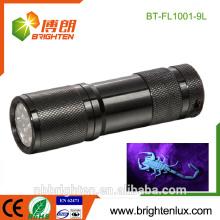 Fuente de la fábrica Material de aluminio a mano 3 * AAA Batería Alta calidad UV Blacklight 385nm Escorpión Hunter 9 llevó linterna uv