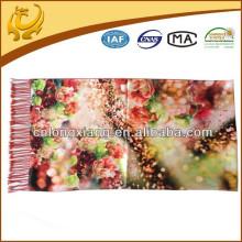 2015 Neue Art- und Weisebunte Frauen-Troddel Pashmina-Verpackungs-gedruckte Art-Schal-Schals