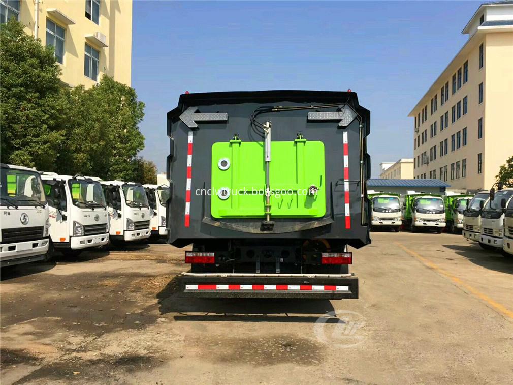 vacuum road sweeper truck 6