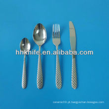 Conjunto de 4 talheres de aço inoxidável