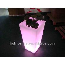 Glühende RGB rechteckige Pflanzerkasten, vertikale Vase für Gartendekoration