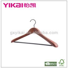 Cabide de madeira do revestimento da cor de Brown com entalhes e tubo do PVC
