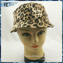 2016 nuevo diseño con el casquillo de las mujeres del casquillo del cubo del logotipo del leopardo