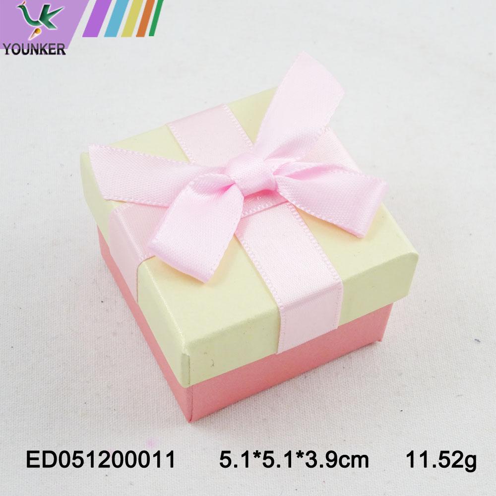 Elegant Ribbon Ring Boxes 007