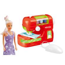 Девушка притворяется играть игрушка B / O швейная машина (H0009386)