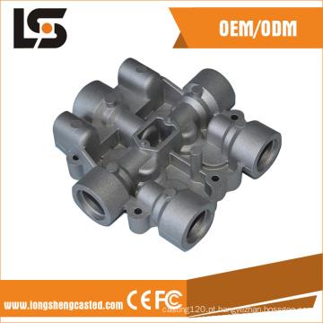 Peças de motor de motocicleta de fundição sob pressão de alumínio OEM, tampa do motor de fundição sob pressão