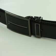 Simple Elegant Men's Solid Buckle Leather Belt