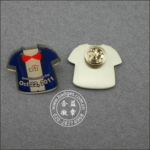 T-Shirt Form Pin, Offsetdruck Nettes Abzeichen (GZHY-LP-027)