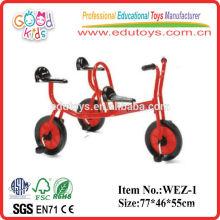 2014 crianças de 3 pessoas e roda de assento empurram bicicleta e bicicleta para crianças