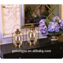 Hogar decorativo de metal de vidrio decorativo de metal artesanales mango de vidrio titular de la vela linternas