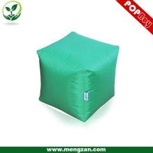 Fabrique des tabourets de sacs de haricots adultes carrés