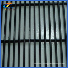 PVC Coated 12.7*76.2mm Mesh Anti-Climb Security Fence