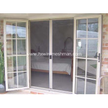 Magnetic door fly screen