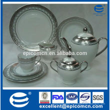 Ensemble de thé en porcelaine plaqué argent dubai de luxe