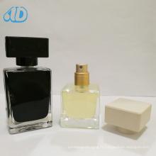Ad-P230 Bouteille en verre de parfum carrée de couleur 25ml