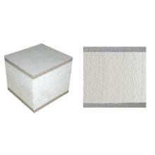 Faserzement, der strukturelle Isolierplatten gegenüberstellt