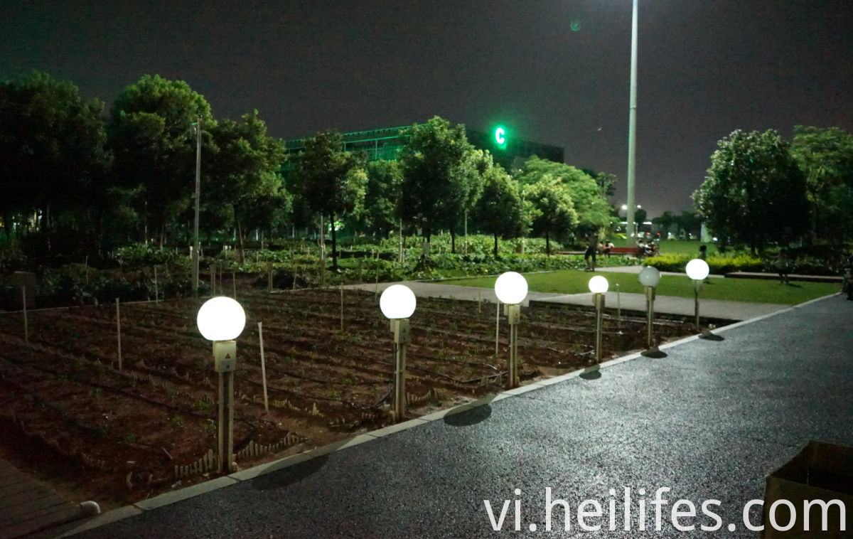 LED Solar Colorful Landscape Lamp