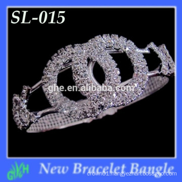 Yiwu New Fashion bangle shine Latest Gold Chunky bracelet bracelet designs