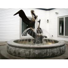 Пеликан фонтан воды