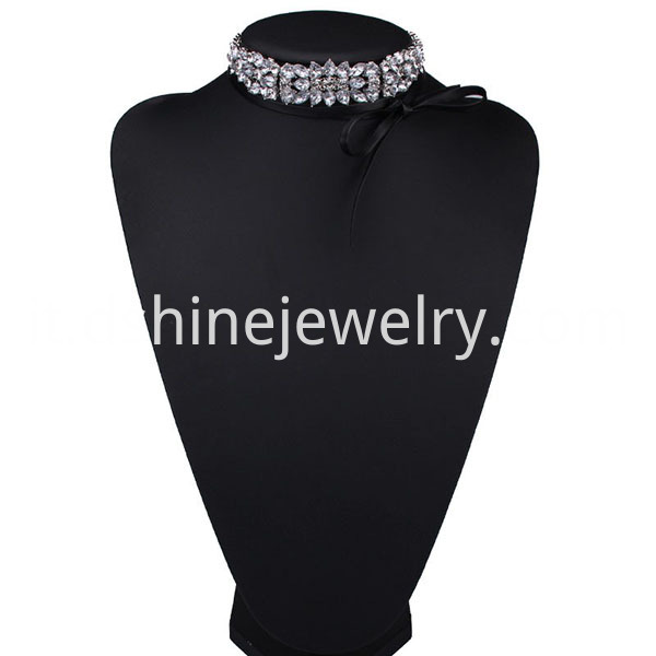 Multilayer Velvet Collar Bow Choker Necklace